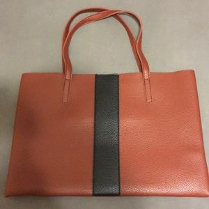 Vince Camuto medium size tote purse - FabFitFun